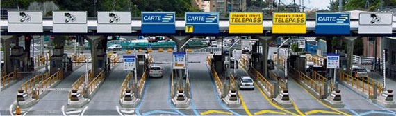 Payment at the toll gate - Autostrade per l'Italia